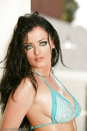 Helga escortes girls Clermont-Ferrand, 63
